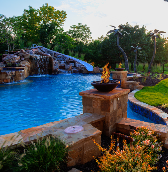 Kansas City Luxury Yard And Pool Design