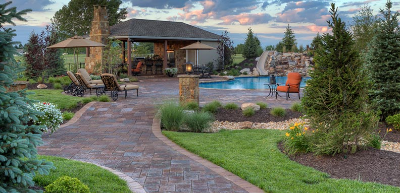 A beautiful landscape by Backyard by Design KC